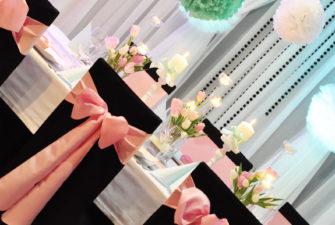 dekoracje stołu czerń i róż fuksja - szczecinek