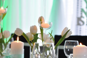 dekoracje stołu czerń i mięta - szczecinek
